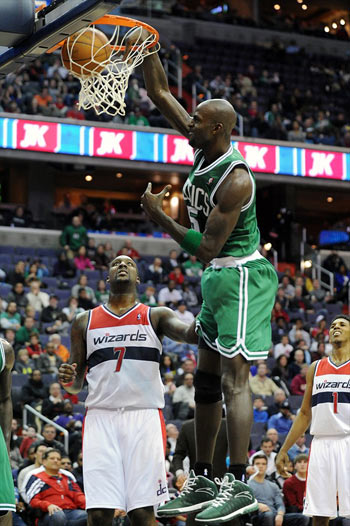 power forward Kevin Garnett